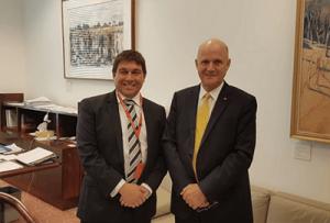 Senator leyonhjelm and AOPA leader