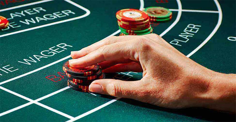 Baccarat side bets -  new option in Macau